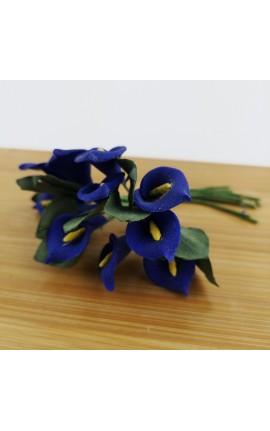 Mazzetto da 12 Calle Blu con Foglie Accessorio Decorativo